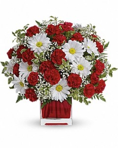 celebrate_your_champions_red_and_white_delight_teleflora