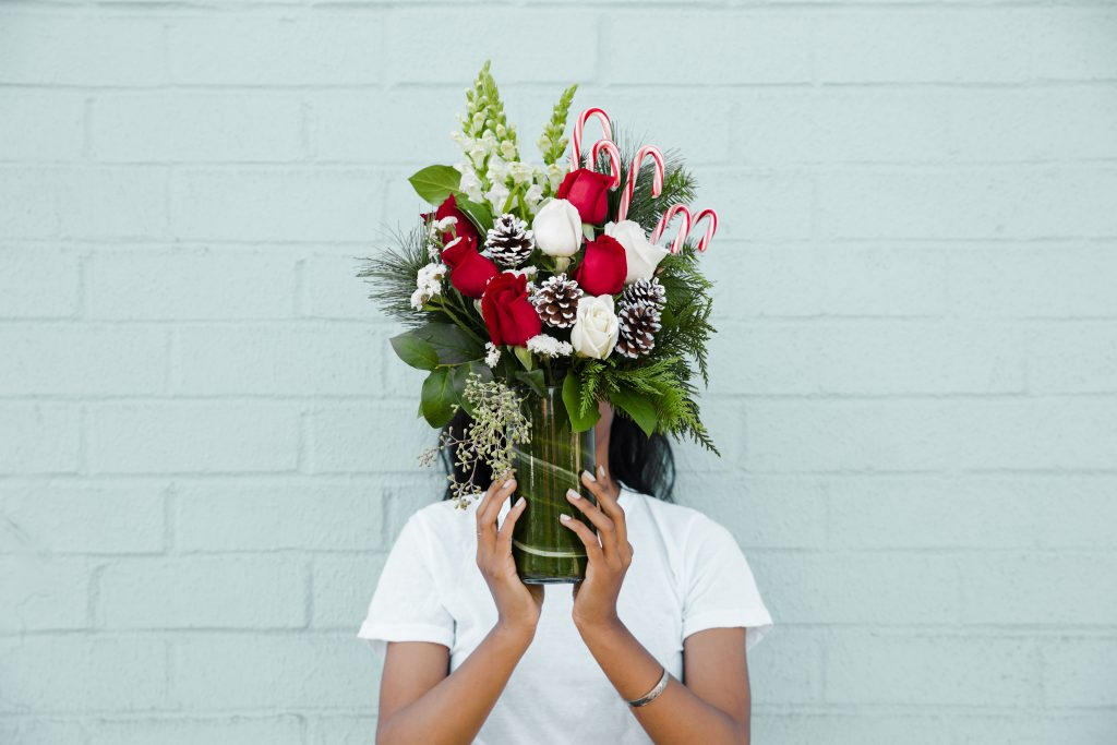 Diy Vases For Holiday Plants And Flowers